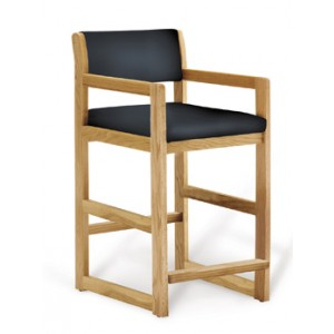 Hip Chair Oak With Wide Seat