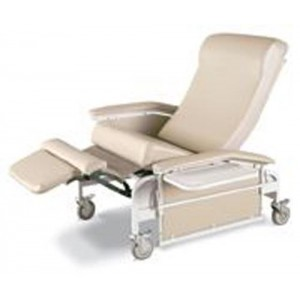 Drop-Arm Care Cliner X-Large With Steel Casters